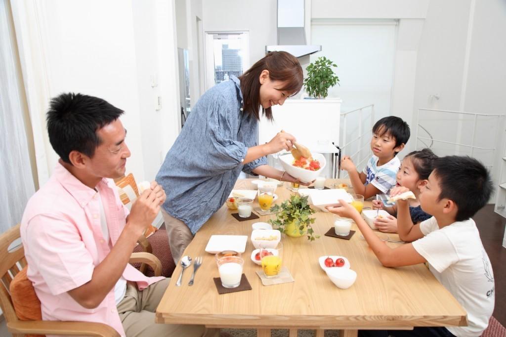 家族 食卓