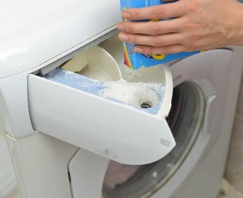 こんなに危険があったのか…洗濯洗剤の成分には十分注意!