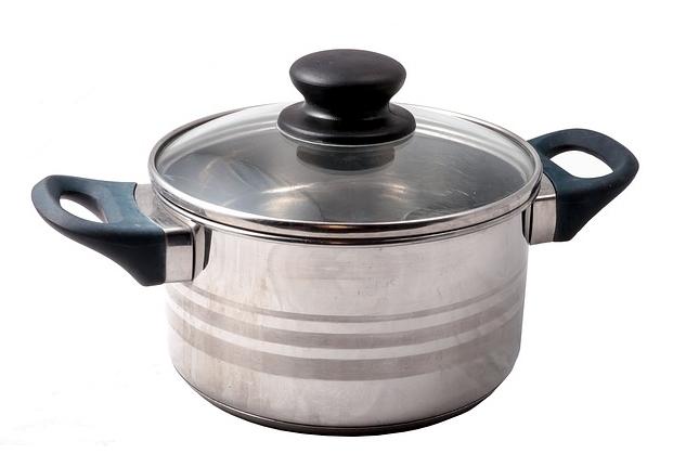 鍋磨きが病気を呼ぶ?クレンザーの成分の問題点