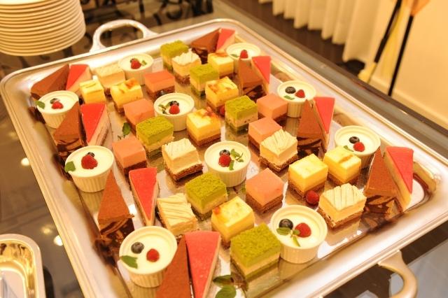 ホテルのケーキ・朝食バイキング、もしかして外注品?