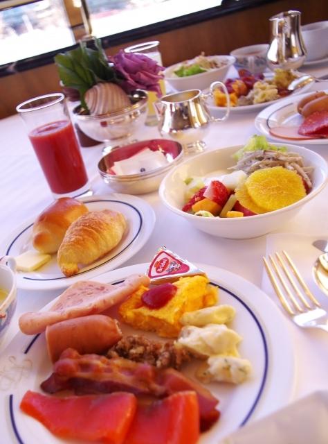 ホテルのバイキング 朝食