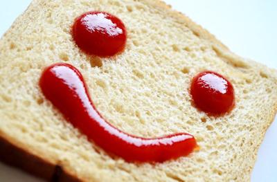 調味料の優等生トマトケチャップ 保存料の必要なし