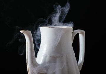 ポット 熱湯